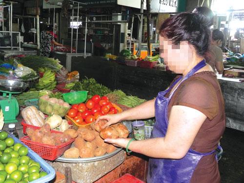 Hàng nông sản Trung Quốc tràn ngập các chợ